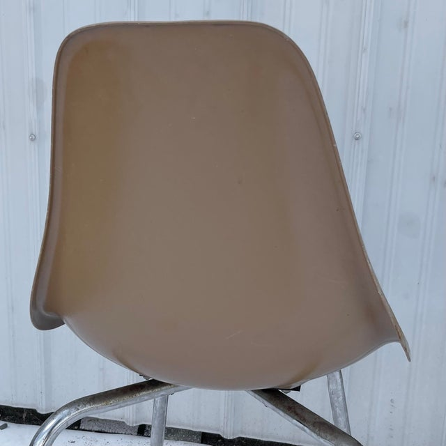 Pair Mid-Century Eames Style Shell Chairs For Sale In New York - Image 6 of 13