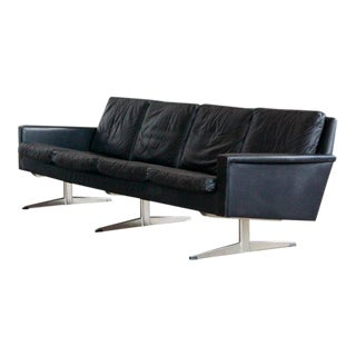 Large Danish Midcentury Four-Seat Hans Wegner Style Airport Sofa in Black Leather For Sale