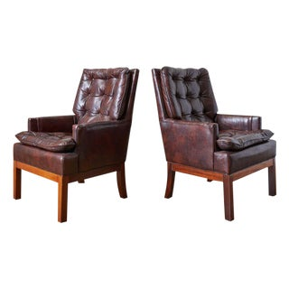 Pair of Midcentury Tufted Leather Library Chairs For Sale