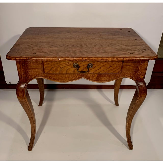Wood 1980s Traditional Oak Side Table For Sale - Image 7 of 7