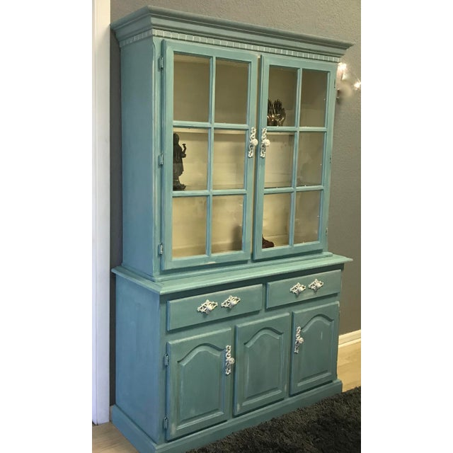 "Blue French Provincial ""Annabel"" China Cabinet - Image 6 of 11"