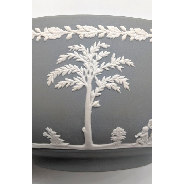 Late 20th Century 20th Century Wedgwood Jasperware Gray and White Bowl For Sale - Image 5 of 10