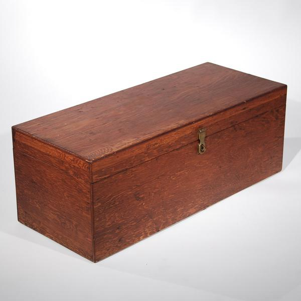 Mid-Century Modern Mid-Century Travel Trunk For Sale - Image 3 of 11