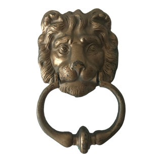 Vintage Weather English Brass Georgian Style Textured Lion's Head Door Knocker For Sale