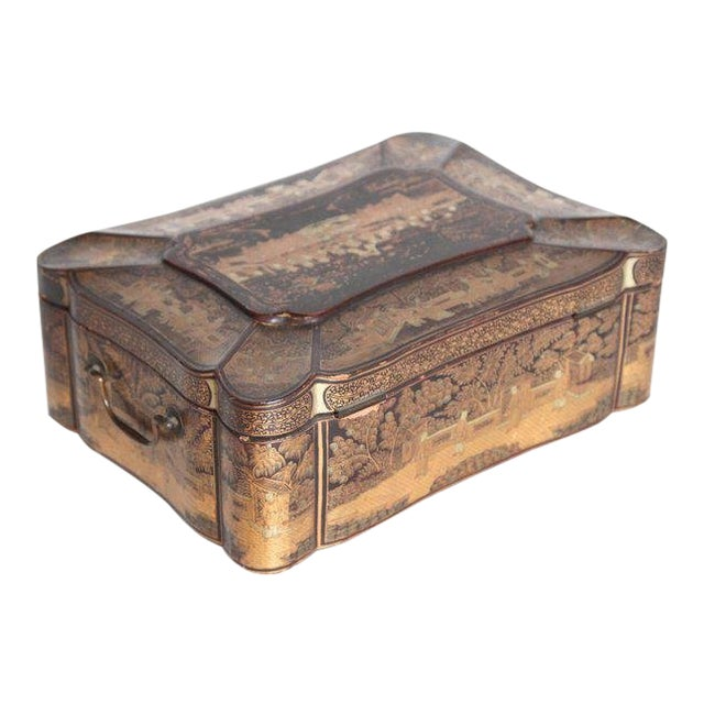 19th Century Chinese Export Chinoiserie Lacquer Sewing Box For Sale