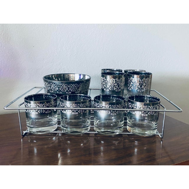 Dorothy Thorpe Vintage Dorothy Thorpe Bar Ware Set - 8 Glasses, Ice Bucket, and Tray For Sale - Image 4 of 4