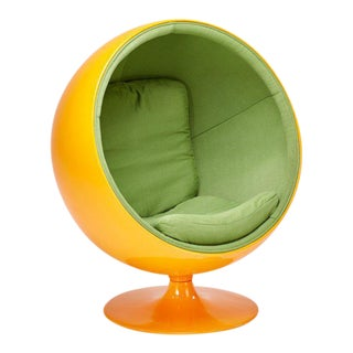 Tangerine Bubble Chair in the Style of Eero Aarnio For Sale
