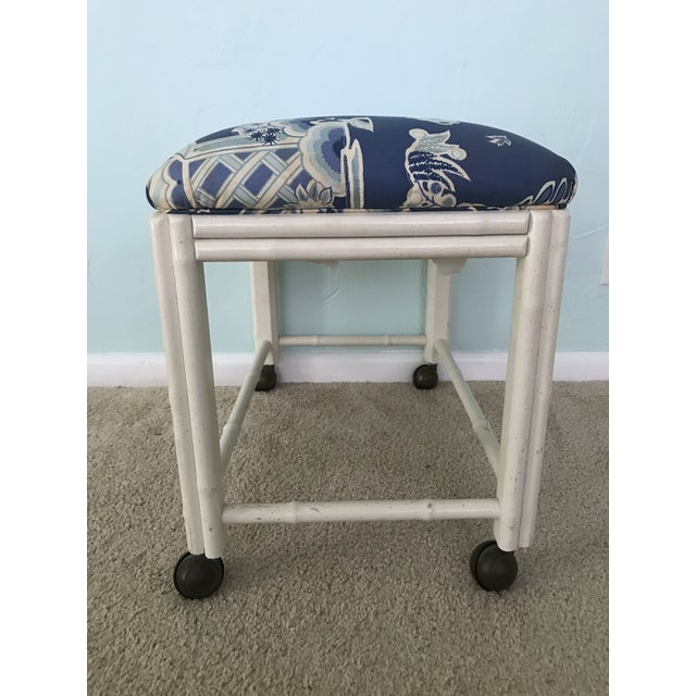Faux Bamboo Vintage Drexel Faux Bamboo Vanity Stool For Sale - Image 7 of 9