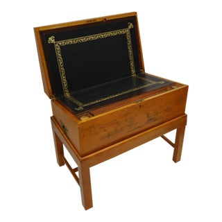 Late 19th Century Travel Lap Desk With Children's Illustrations For Sale