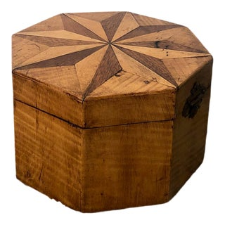 American Octagonal Tea Caddy, Circa 1810 For Sale