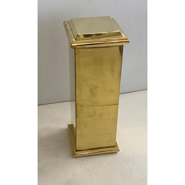 This stylish brass, classical form pedestal will make the perfect perch for a favorite piece of sculpture. Note: Top...