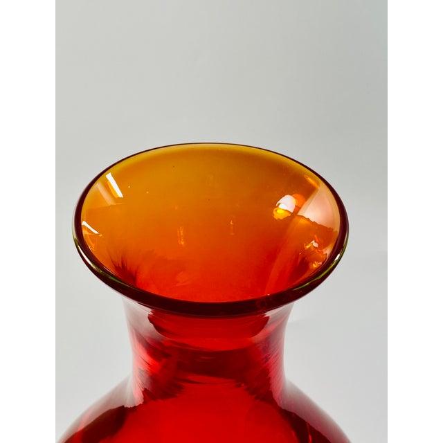 "Gino Cenedese 1965 Antonio Da Ros Cenedese ""Borraccia Ovale"" Sommerso Red Vaseline Glass Vase, Signed For Sale - Image 4 of 12"