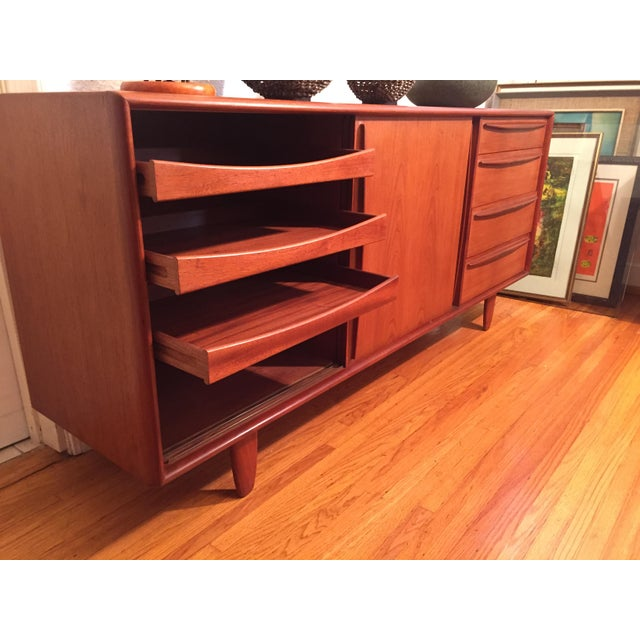 Svend Madsen Danish Mid Century Modern Teak Credenza For Sale In Los Angeles - Image 6 of 11