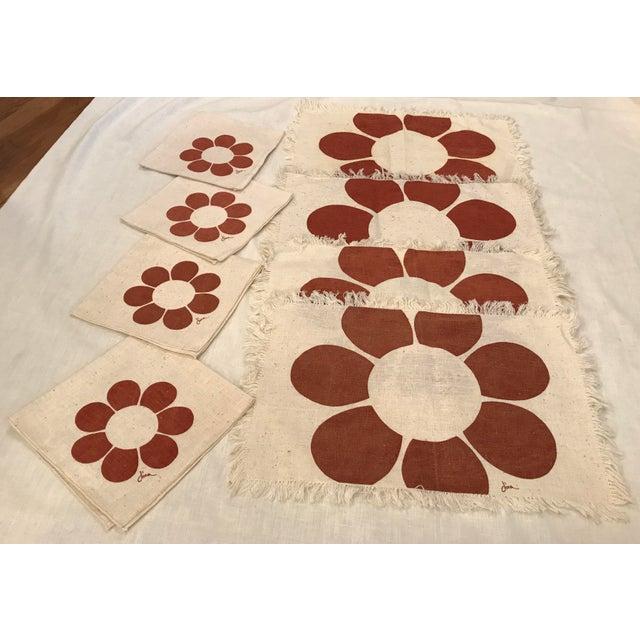 Vintage Floral Placemats & Napkins - Set of 8 For Sale - Image 9 of 10