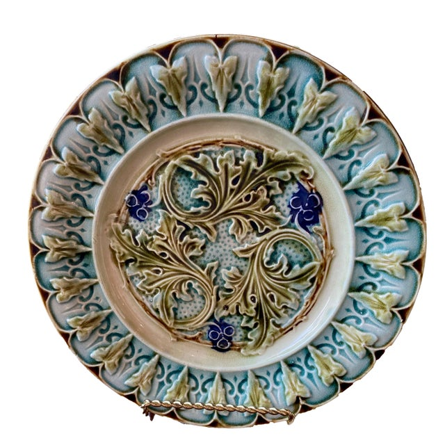 French Antique French Acanthus Leaf Plates - a Pair For Sale - Image 3 of 5