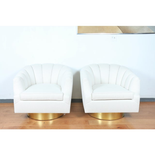 Milo Baughman Attributed Pair of Swivel Chairs For Sale - Image 13 of 13