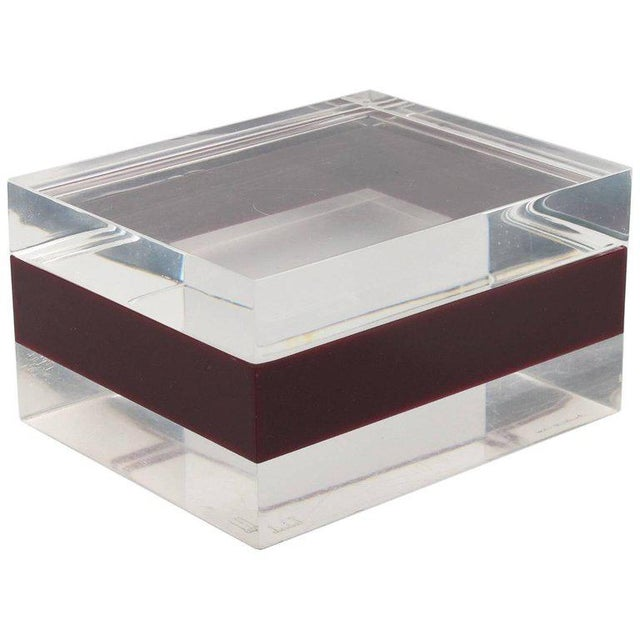 Dunhill England 1970s Mid-Century Bi-Color Lucite Box For Sale - Image 9 of 9