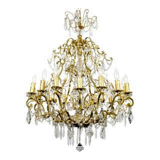 Early 20th Century French Cut Crystal Sixteen Arm Chandelier For Sale