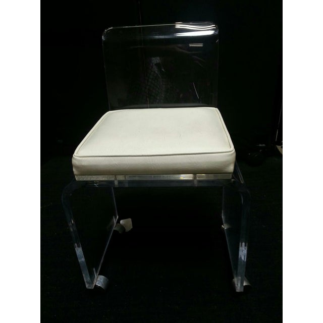 Mid-Century Modern Vintage Lucite Table & Chair For Sale - Image 3 of 11