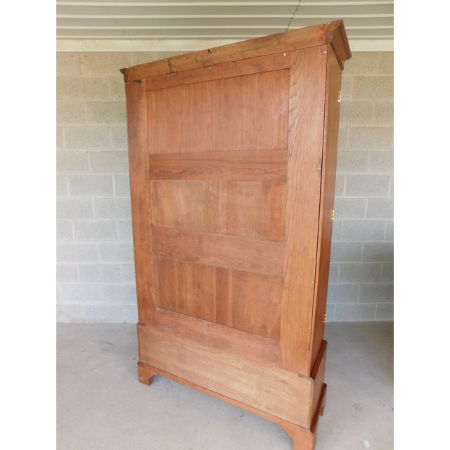 """Stickley Colonial Williamsburg Cherry Chippendale Style 2 Door Bookcase """"A"""" For Sale - Image 10 of 13"""