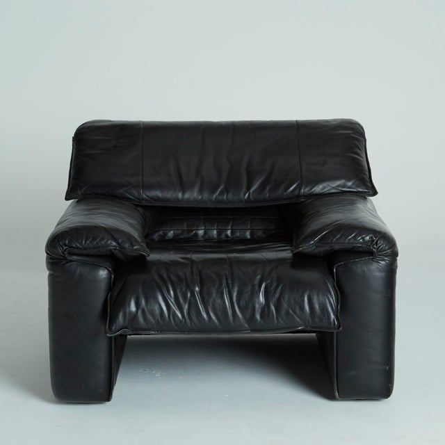 Black Leather Italian Club Chairs - Pair - Image 8 of 11