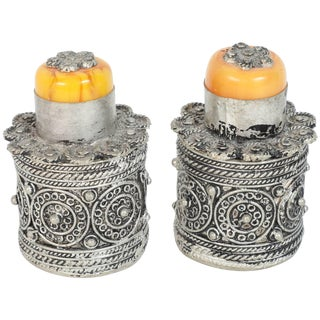 Pair of Silvered Metal Lidded Snuff Boxes of a Circular Form For Sale