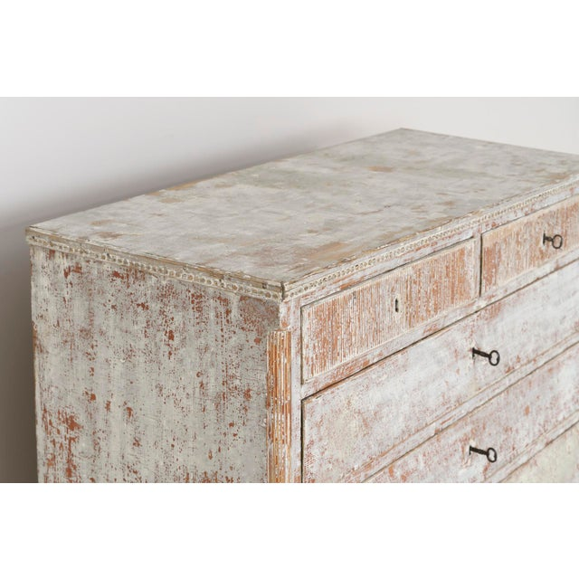 Gustavian (Swedish) 18th Century Swedish Gustavian Period Commode in Original Paint For Sale - Image 3 of 11
