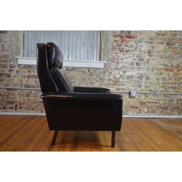 Aluminum Arne Vodder for Fritz Hansen Danish Modern Leather Easy Chair For Sale - Image 7 of 7