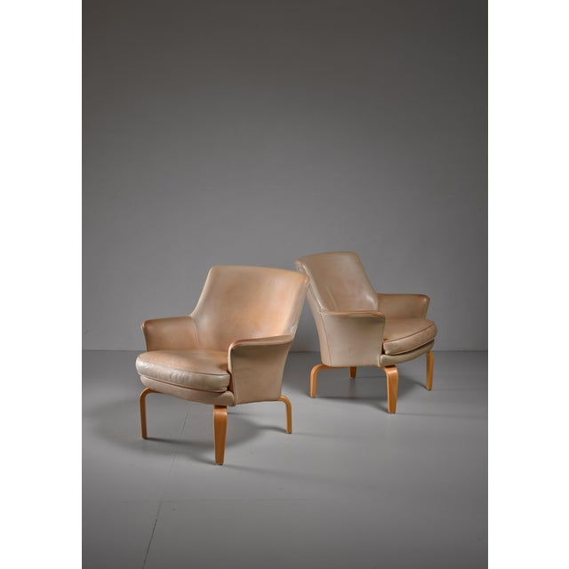 1970s Arne Norell pair of 'Pilot' lounge chairs, Sweden For Sale - Image 5 of 5