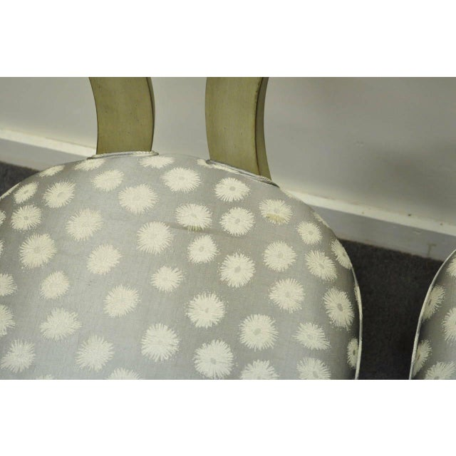 1960s 1960s Vintage eHollywood Regency Klismos Neoclassical Style Grey Painted Side Chairs- A Pair For Sale - Image 5 of 10