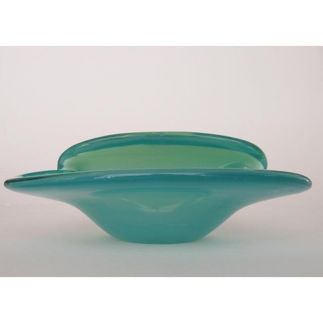 Sky Blue C. 1960's Mid-Century Italian Hand-Blown Murano Seafoam Green & Sky Blue Clamshell Bowl by Alfredo Barbini For Sale - Image 8 of 13