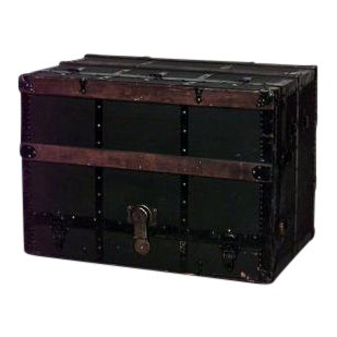 Late 19th Century American ebonized canvas floor trunk with theatrical vaudeville design and drawers For Sale