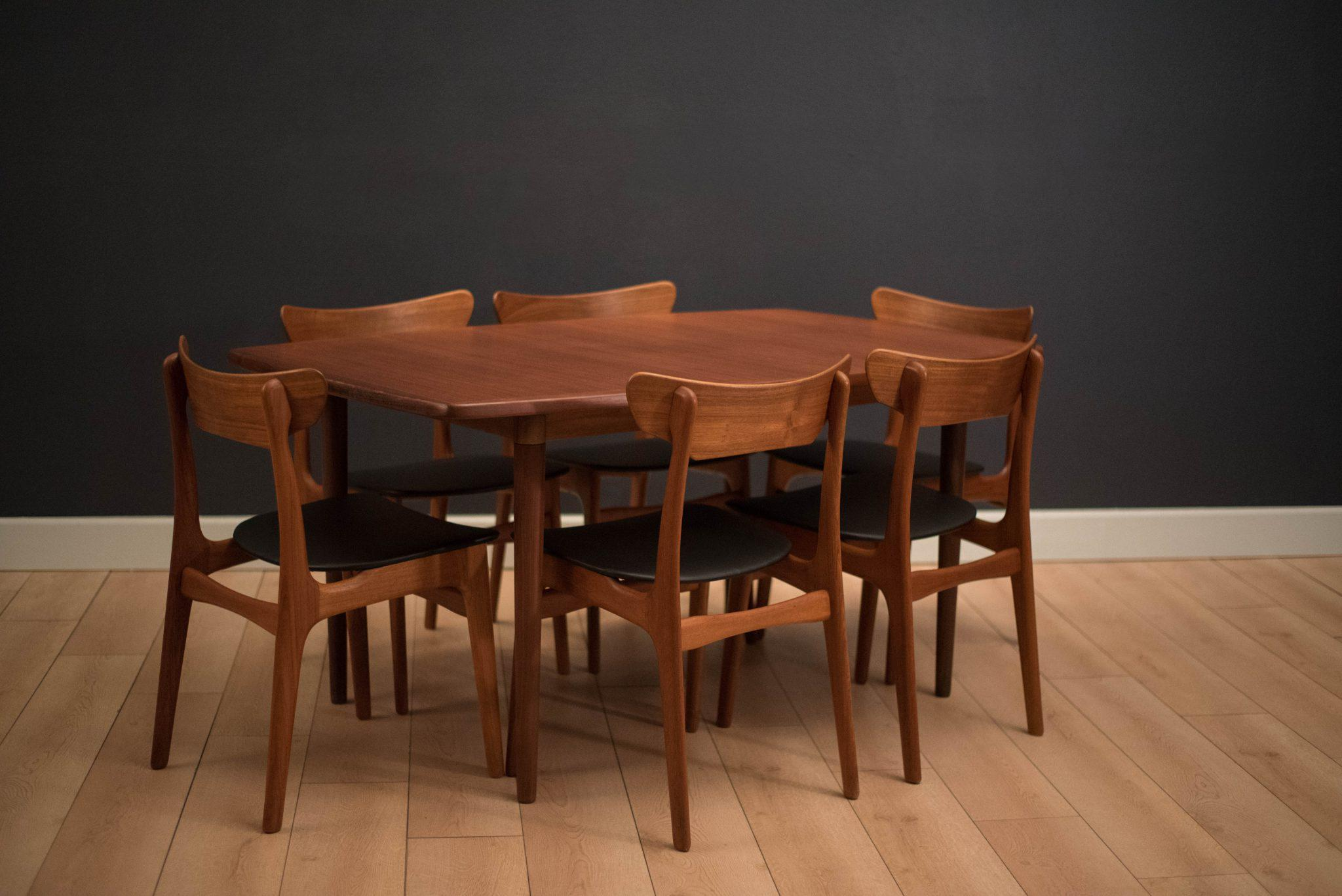 Mid Century Modern Expandable Dining Table By Gustav Bahus, Norway. This  Piece Features. Mid Century Modern Scandinavian Teak ...