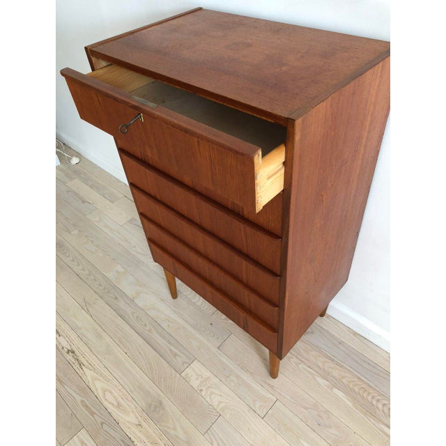 1950s Scandinavian Teak Tallboy Chest of Drawers With Key For Sale In New York - Image 6 of 12