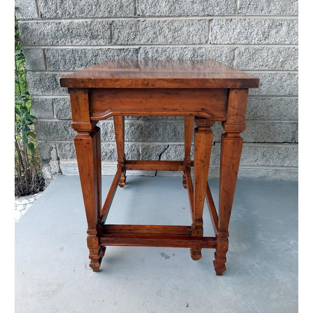 Wood Vintage Heritage Furniture Cherry Nesting Tables With Curly Burl Wood Banding, 2 Pieces For Sale - Image 7 of 13