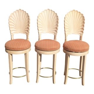 1970s Vintage Off White Venetian Grotto Shell Back Swivel Bar Stools French Count- Set of 3 For Sale