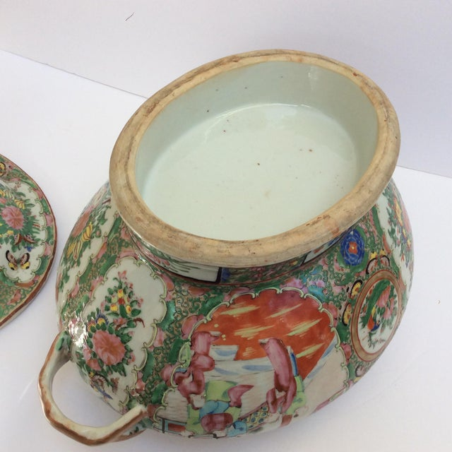 Massive Chinese Export Soup Tureen For Sale - Image 9 of 11