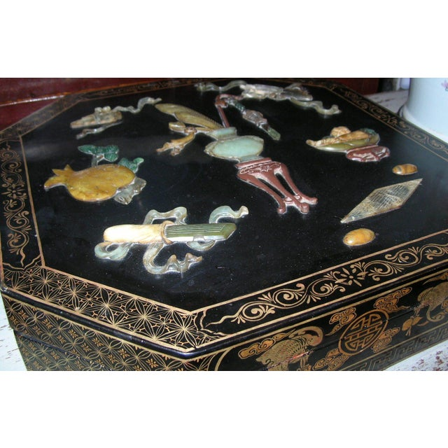 Antique Chinese Black Lacquer Hexagonal Box For Sale - Image 4 of 10