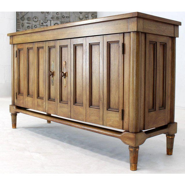 1970s Mid-Century Modern Petit Fruitwood Credenza With Double Accordion Doors For Sale - Image 5 of 11