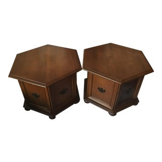1900s American Classcical Ethan Allen Classic Hexagon End Tables - a Pair For Sale