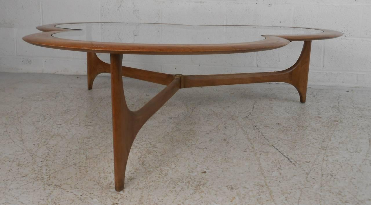 Lane Furniture Clover Leaf Coffee Table By Lane For Sale   Image 4 Of 7