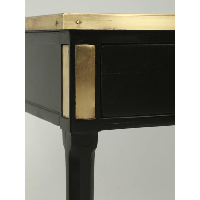 Wood Antique French Louis XVI Style End or Side Table in an Ebonized Mahogany Finish For Sale - Image 7 of 10