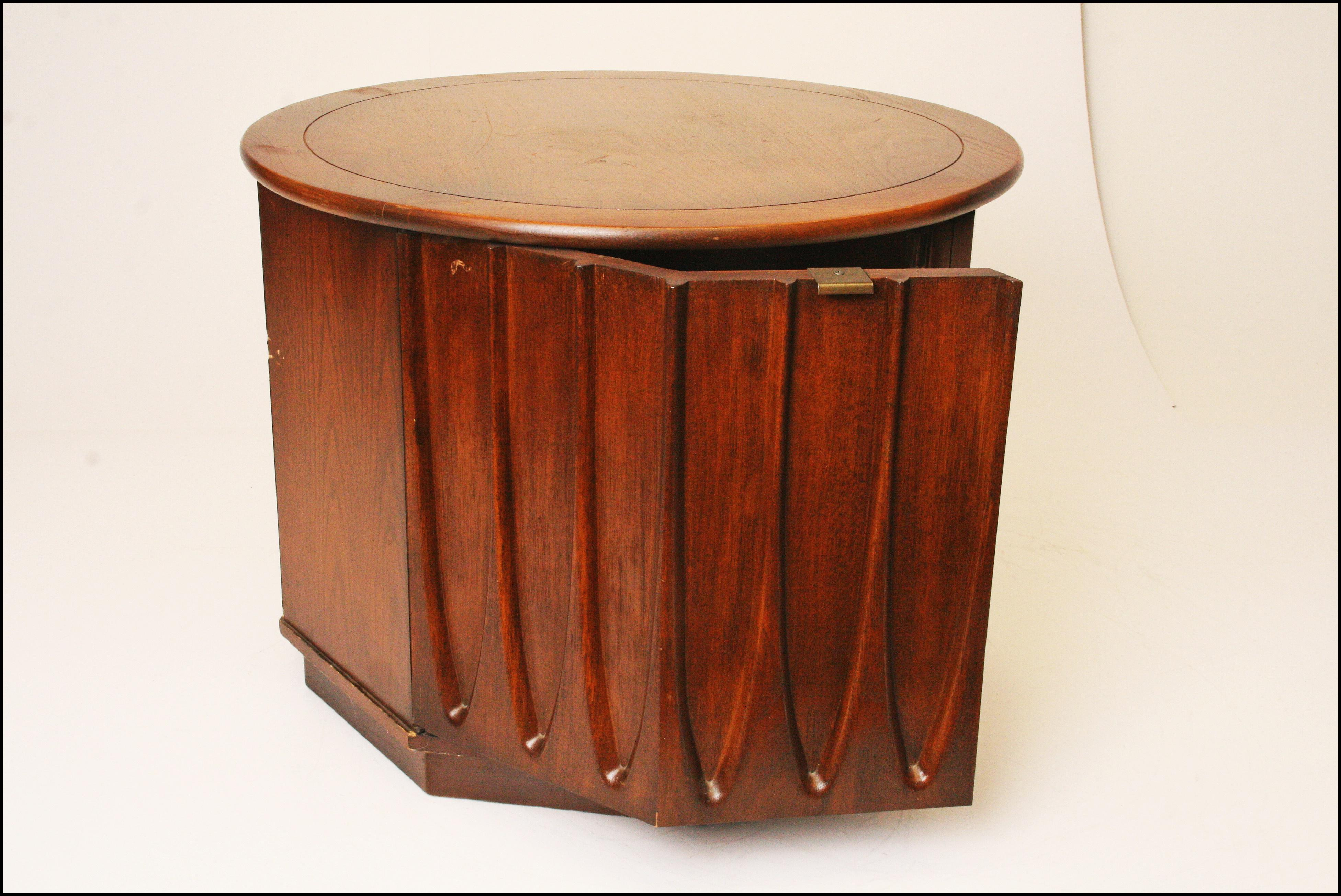 Harvey Probber Style Mid Century Modern Octagon Side Table   Image 6 Of 11