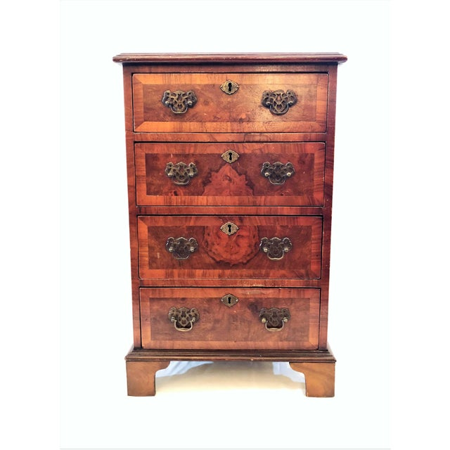 Early 20th Century Antique English Walnut Small Chest of Drawers, Circa 1900-1910. For Sale - Image 5 of 5