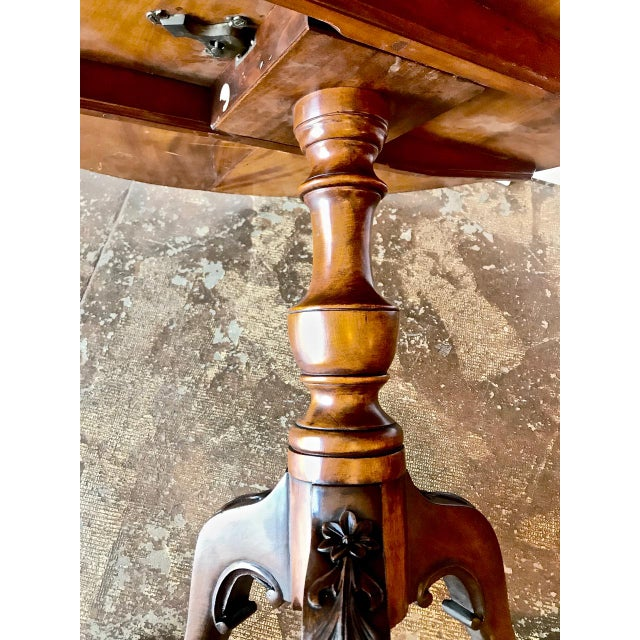 Brown 18th Century American Tilt Top Tea Table For Sale - Image 8 of 11