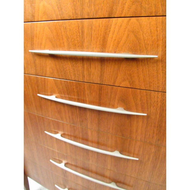 Mid-Century Walnut Dresser With Chrome Accenting by Sligh Furniture For Sale In New York - Image 6 of 13