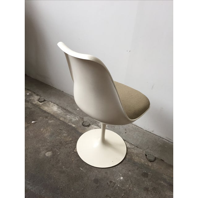 Knoll White Vintage Tulip Swivel Chairs - Set of 4 - Image 8 of 9