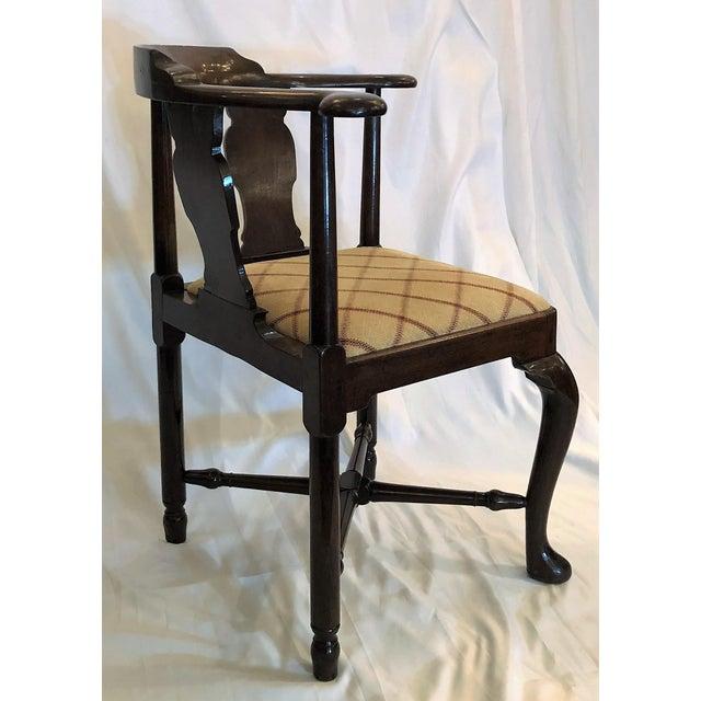 Antique English 19th Century Mahogany Corner Chair