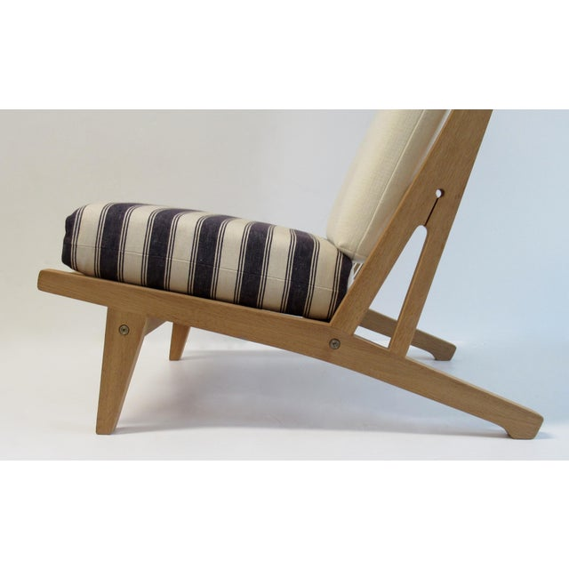 "Tan Circa 1960's Hans J. Wegner Denmark ""Getama"" Lounge Chairs- a Pair For Sale - Image 8 of 13"