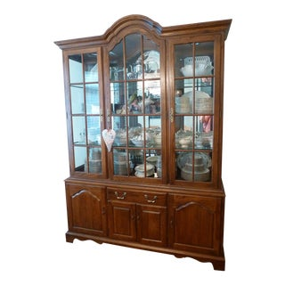 Ethan Allen China Hutch Server For Sale